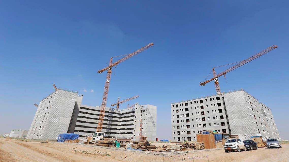 Iraq battles to rebuild despite war and oil slump (Reuters)