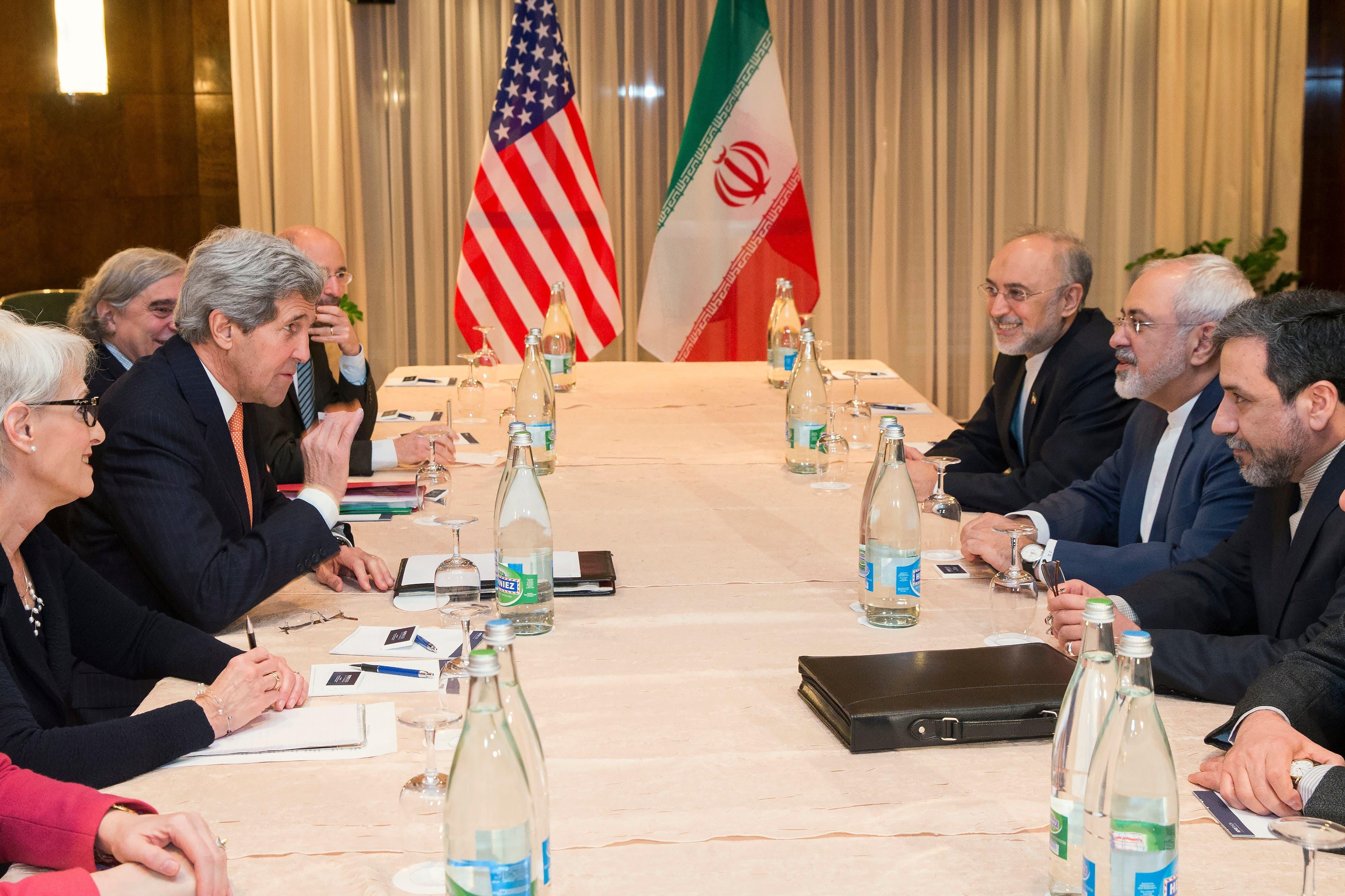 Kerry, Iran FM in new nuclear talks (AP)