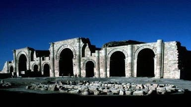 """بعد نمرود.. """"داعش"""" يجرف مدينة الحضر الأثرية"""