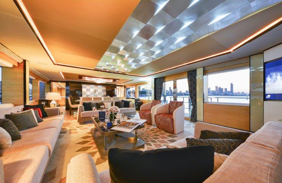 يخت ماجيستي 122 من شركة غلف كرافت الاماراتية