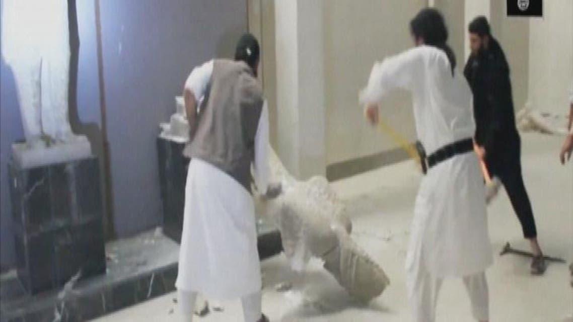 THUMBNAIL_ جدل في الكويت حول دعوة لهدم آثار العالم