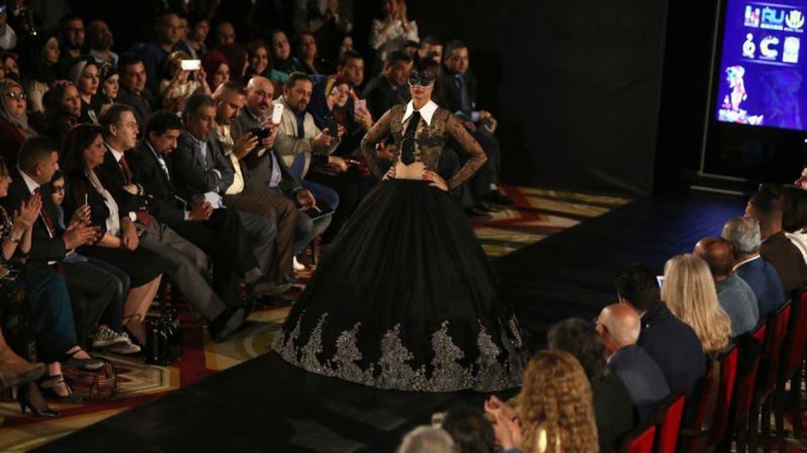 عرض أزياء في بغداد