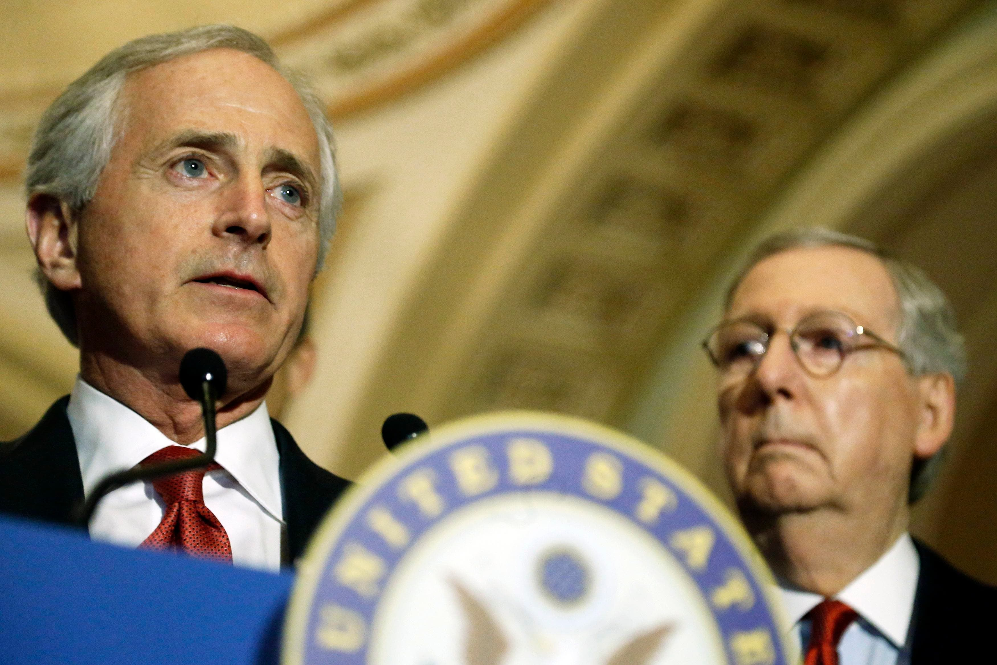 U.S. Senator Bob Corker (R-TN) (L), along with Senate Majority Leader Mitch McConnell (R-KY) (R), speaks at a news conference after the weekly Senate Republican policy luncheon at the U.S. Capitol in Washington, March 3, 2015. (Reuters)