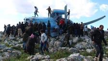 Syria regime helicopter crashes, crew captured