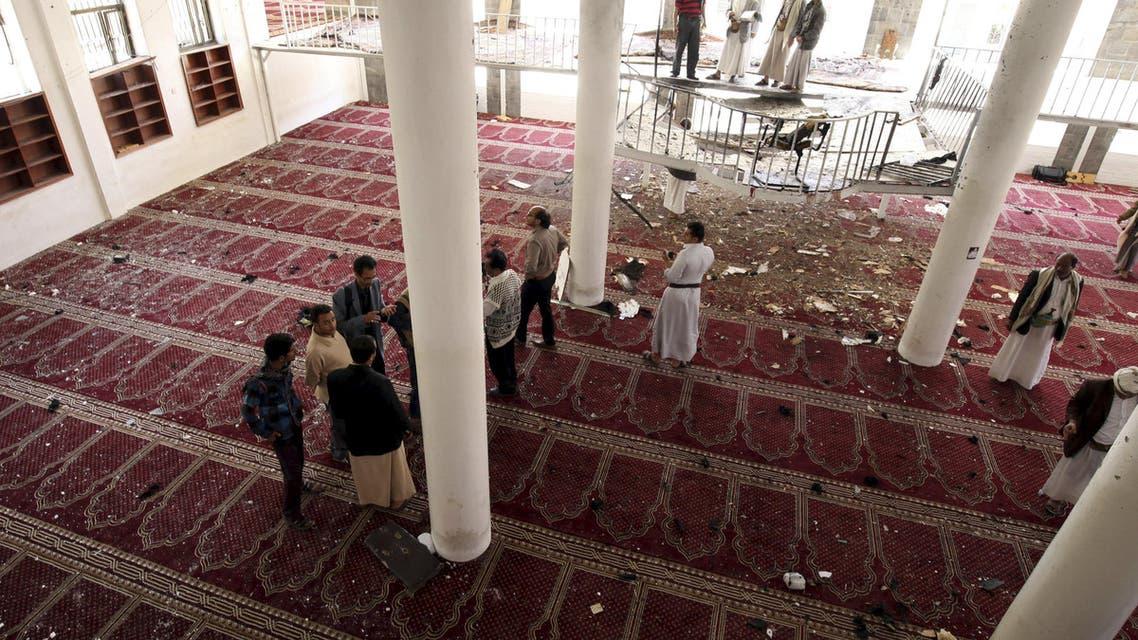 انفجار في مسجد في صنعاء في اليمن