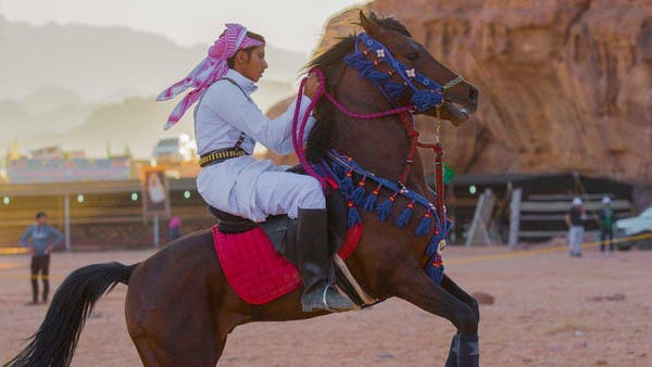 مهرجان خيل وهيل يواصل فعالياته في تبوك