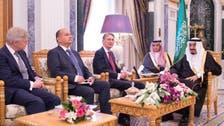 الملك سلمان يستقبل وزير الخارجية البريطاني