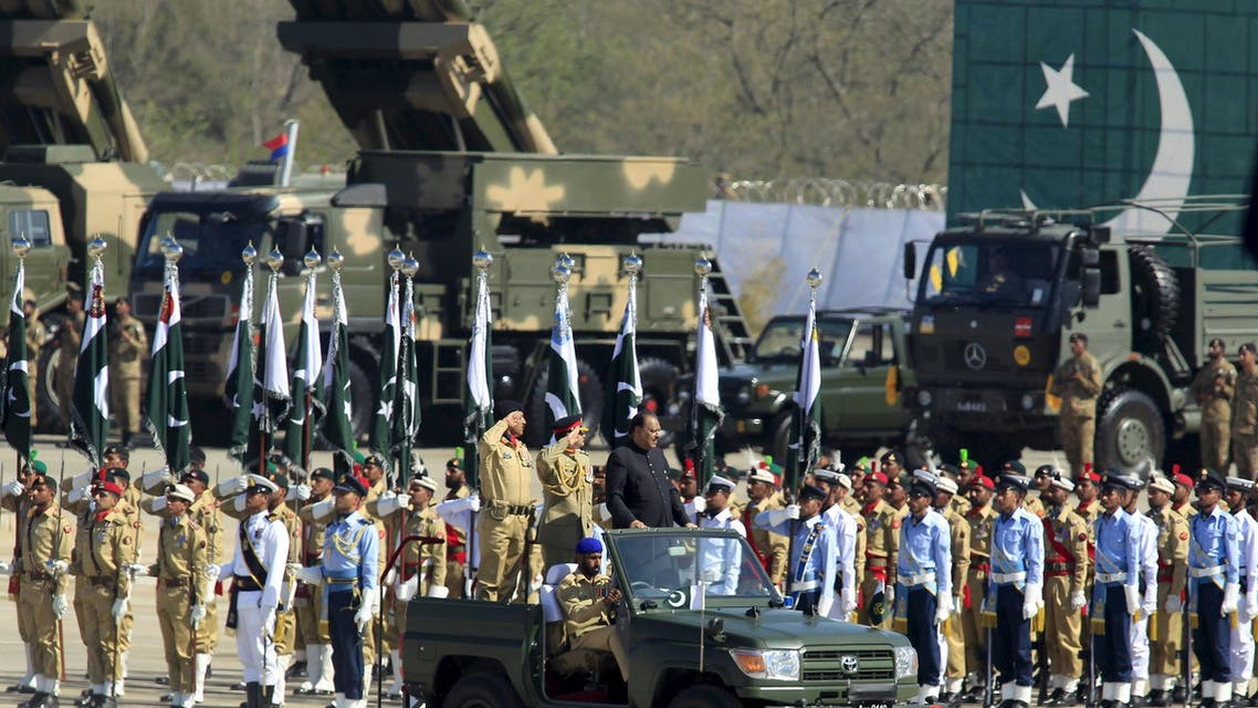 Pakistan's President Mamnoon Hussain inspects troops during Pakistan Day parade in Islamabad March 23, 2015. (Reuters)