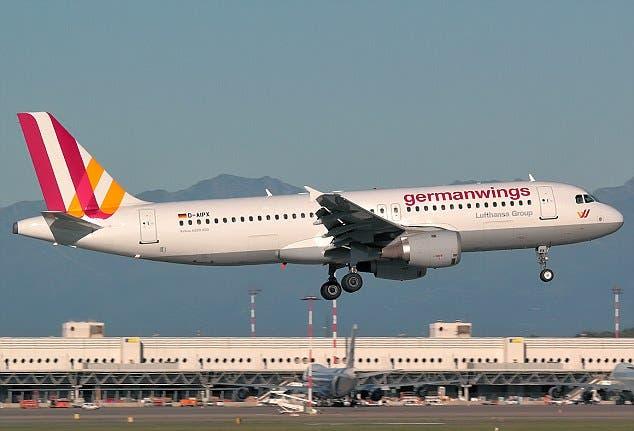 مقتل جميع ركاب الطائرة الألمانية فوق جبال الألب