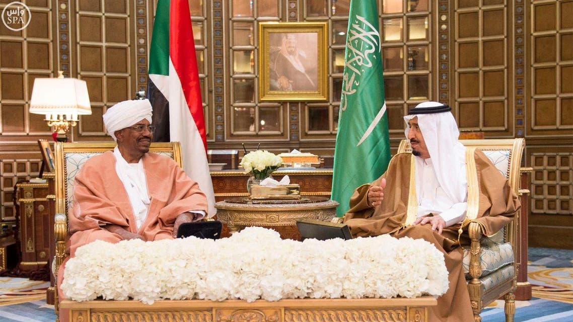 Sudan President Omar al-Bashir and Saudi King Salman in Riyadh SPA
