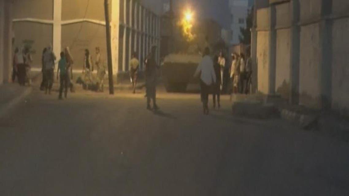 THUMBNAIL_ صور من اشتباكات مطار عدن