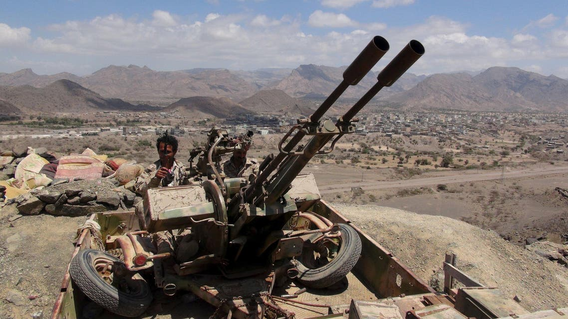 Southern People's Resistance militants loyal to Yemen's President Abd-Rabbu Mansour Hadi man an anti-aircraft machine gun the militia seized from the army in al-Habilin of Yemen's southern province of Lahej March 22, 2015. (Reuters)