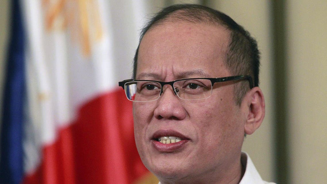 Philippines' President Benigno Aquino delivers a nationwide televise statement on the Comprehensive Agreement on the proposed Bangsamoro Basic Law at the presidential palace in Manila March 27, 2015. (Reuters)