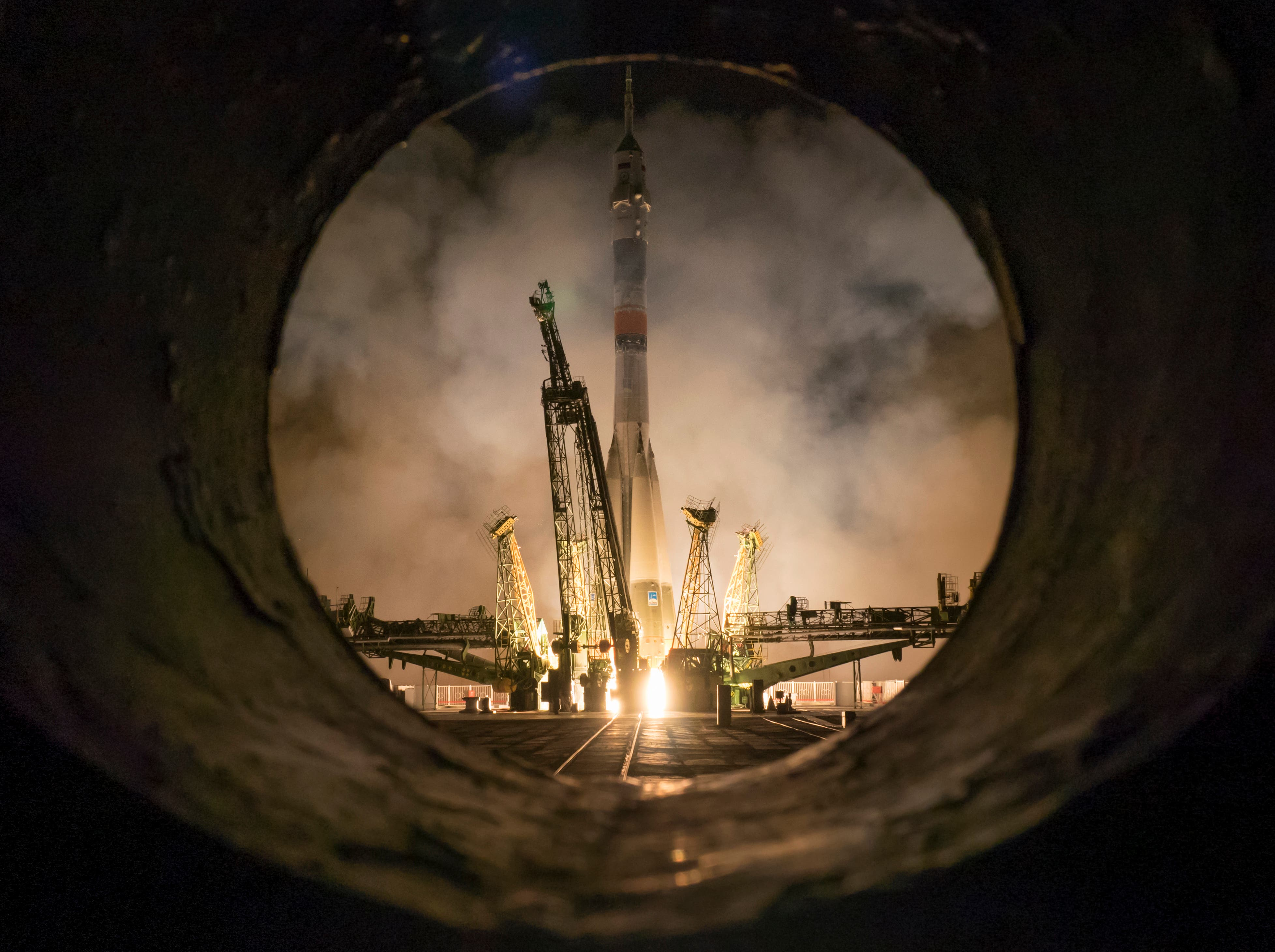 The Soyuz-FG rocket booster with Soyuz TMA-16M space ship carrying a new crew to the International Space Station, ISS, blasts off at the Russian leased Baikonur cosmodrome, Kazakhstan, March 28, 2015. (AP)