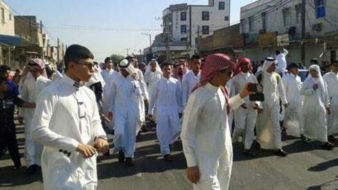 شبان أهواز يتظاهرون ضد السلطات الإيرانية