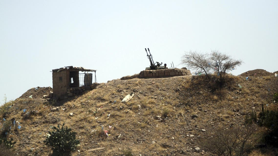 An anti-aircraft weapon is pictured on a hill in a special Security Forces camp in Taiz March 26, 2015. (Reuters)