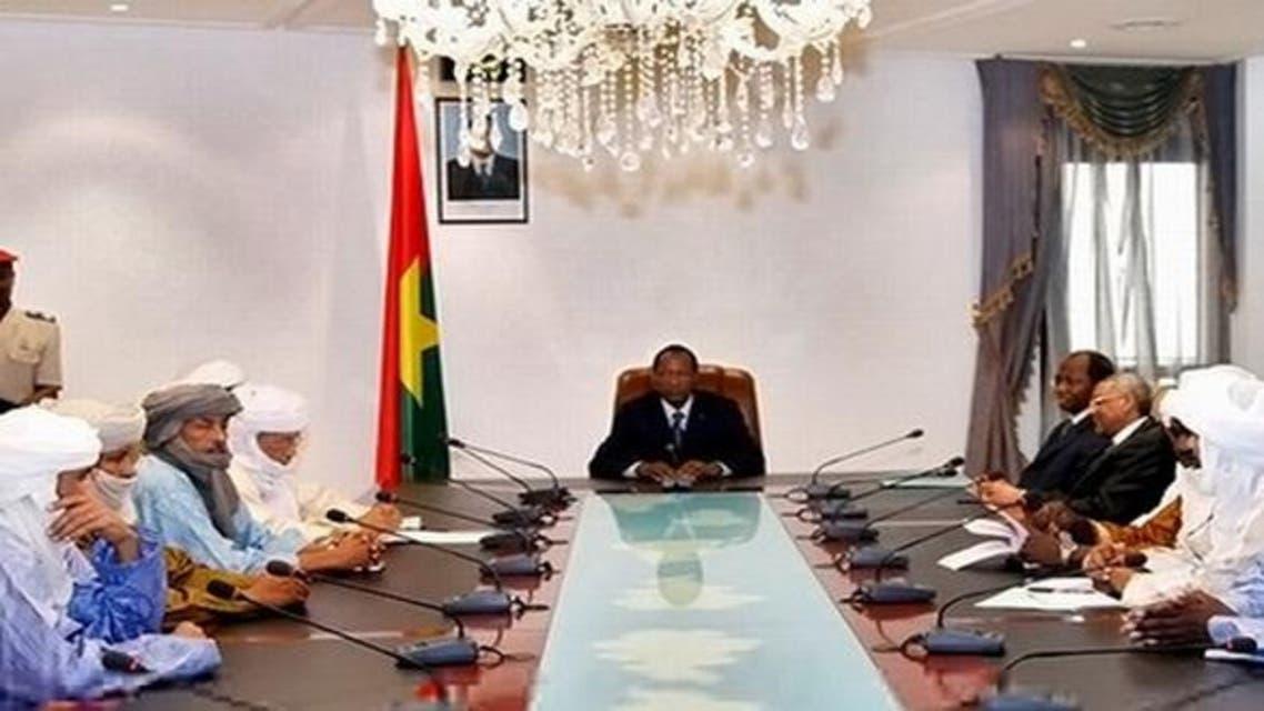 إجتماع المتمردين والحكومة المالية في الجزائر