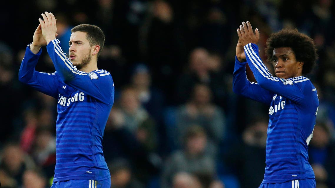 Chelsea - Football: Chelsea's Eden Hazard and Willian applaud the fans at the end of the match