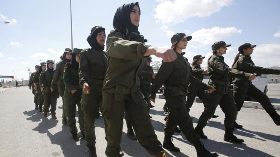 Palestinian female volunteers march during a military exercise by Palestinian National Security Forces in the West Bank city of Jericho March 20, 2015. (File: Reuters)