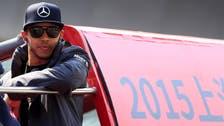 Motor racing-Hamilton cruises to Chinese Grand Prix victory