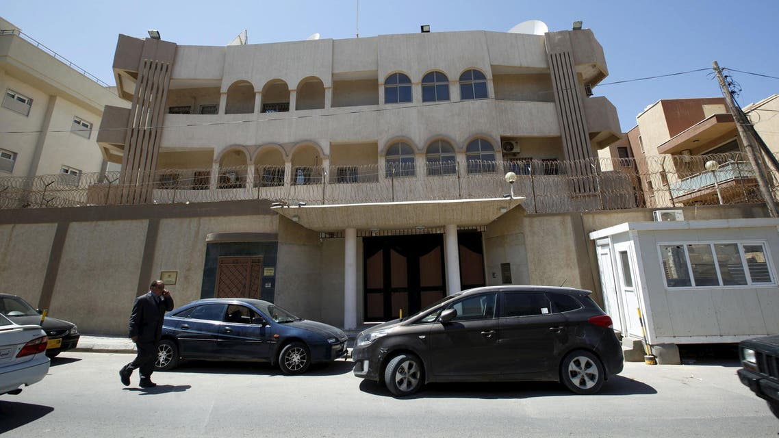 Bomb explodes outside Moroccan embassy in Libya (Reuters)
