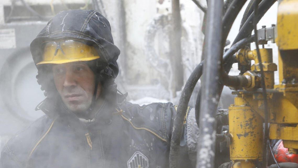 النفط عمال نفط روسيا روسفنت