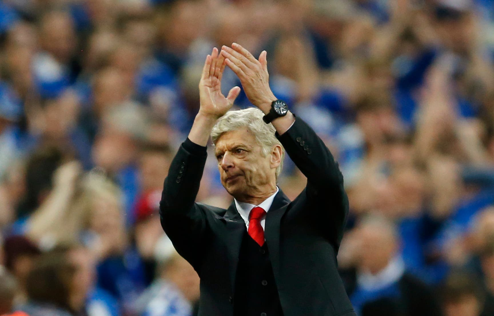 Football - Reading v Arsenal - FA Cup Semi Final - Wembley Stadium - 18/4/15 Arsenal manager Arsene Wenger applauds the fans at the end of the match Action Images via Reuters / John Sibley Livepic