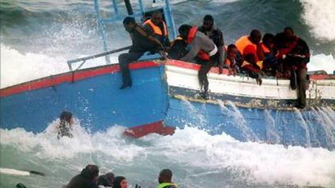 غرق المهاجرين غير الشرعيين في البحر الابيض المتوسط قبالة سواحل اوروبا مهاجرين