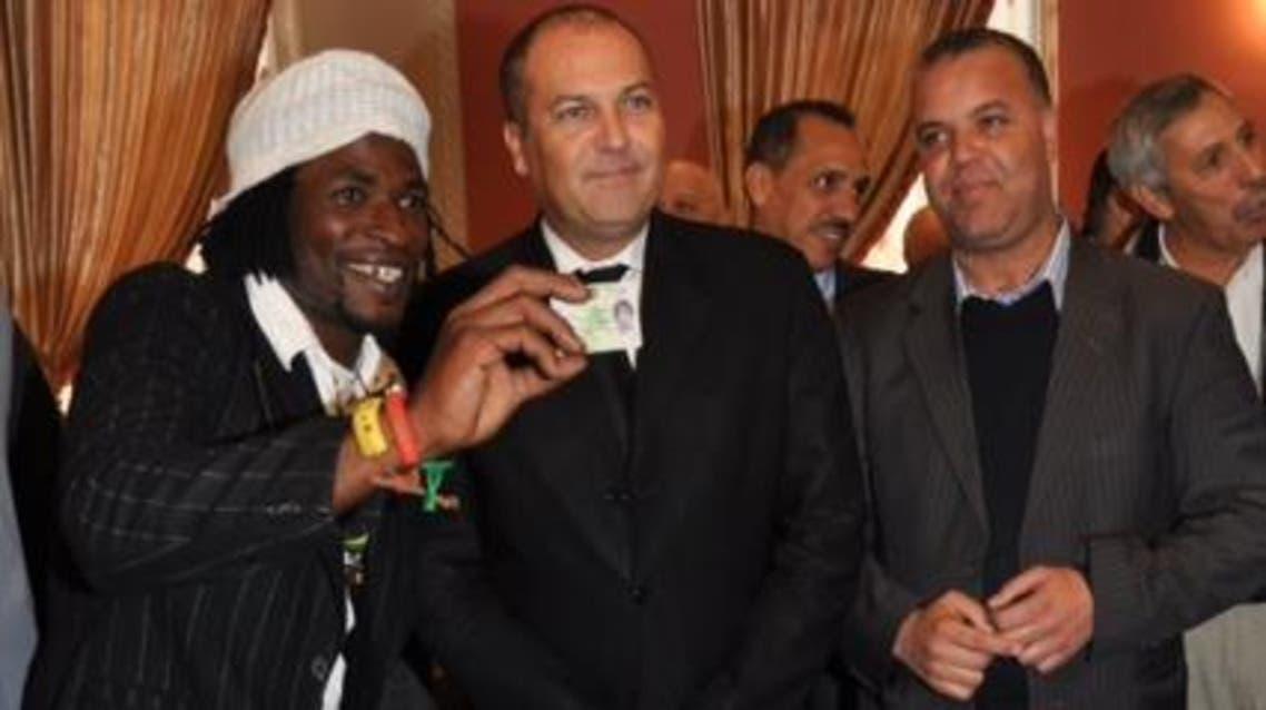 مهاجر قانوني من الجيل الأول من المقيمين قانونيا في المغرب