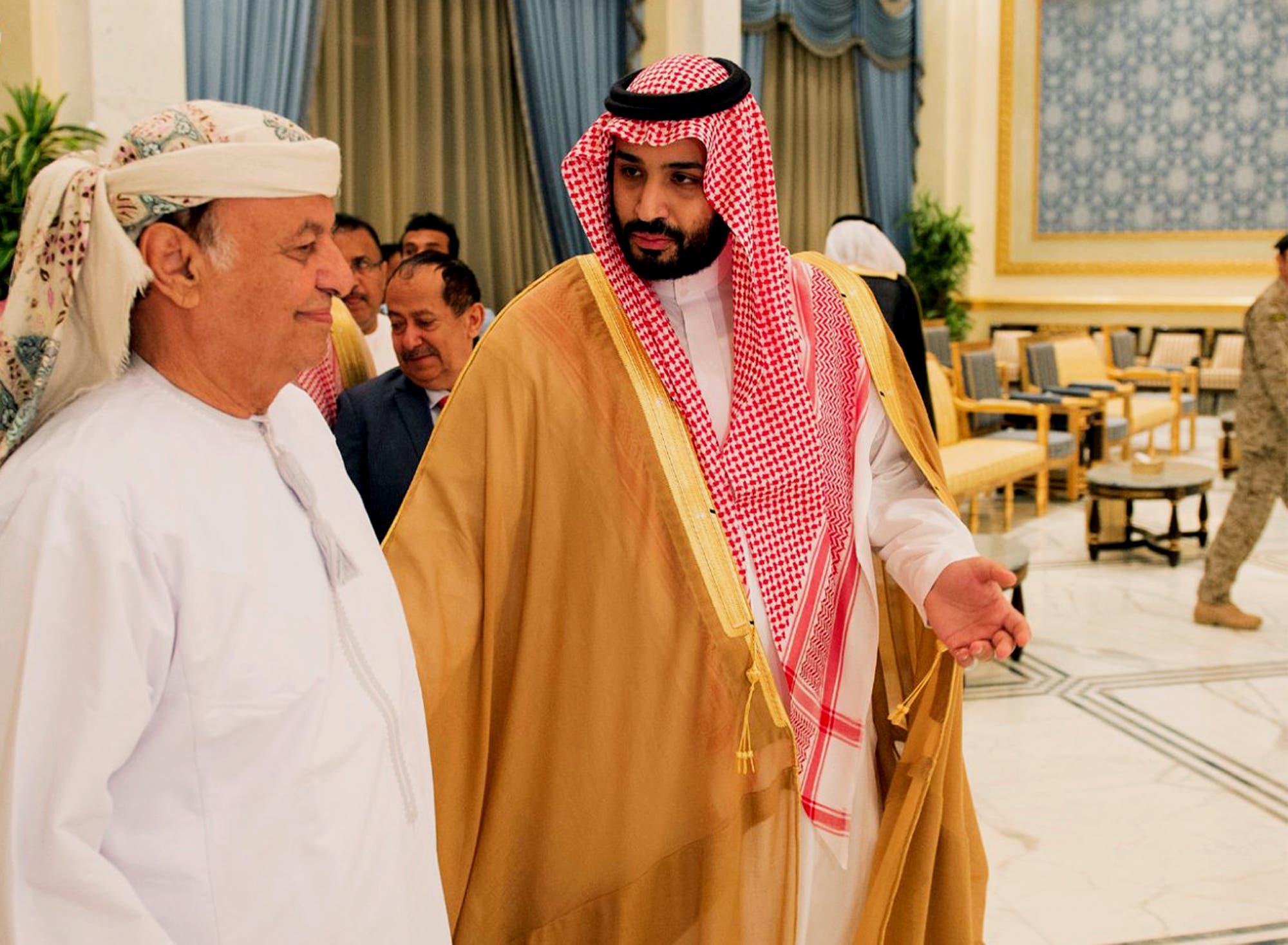 n this Thursday, March 26, 2015 file photo, provided by the Saudi Press Agency (SPA), Yemen's President Abed Rabbo Mansour Hadi, left, walks with Saudi Defense Minister Mohammed bin Salman as Hadi arrives in Riyadh, Saudi Arabia. (AP)