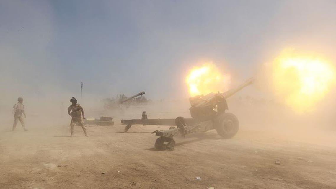 القوات العراقية العراق الجيش العراقي يقصف داعش
