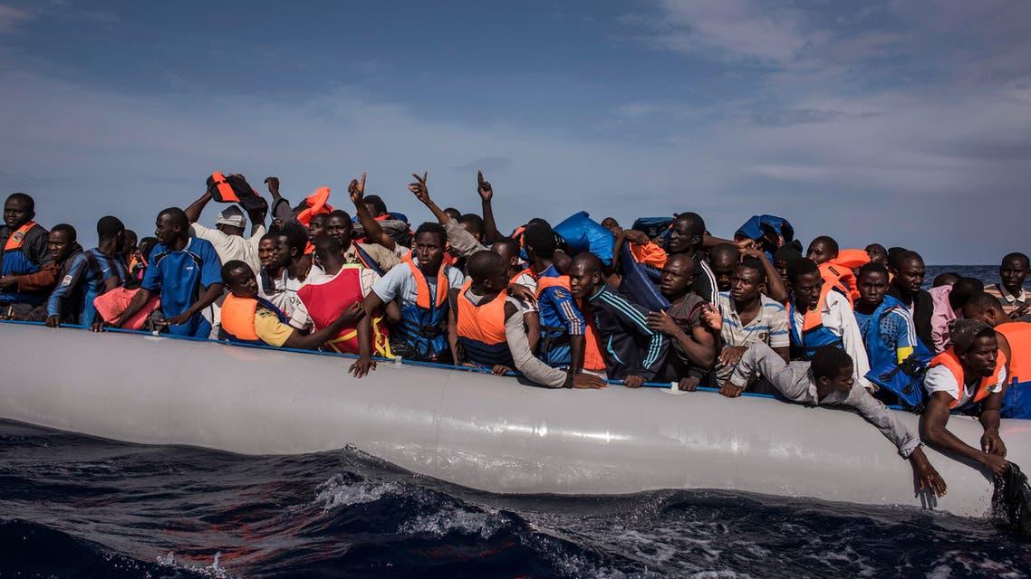 تحذير دولي: 10 آلاف مهاجر ربما يبتلعهم المتوسط