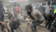 Death toll from Nepal earthquake passes 1,000
