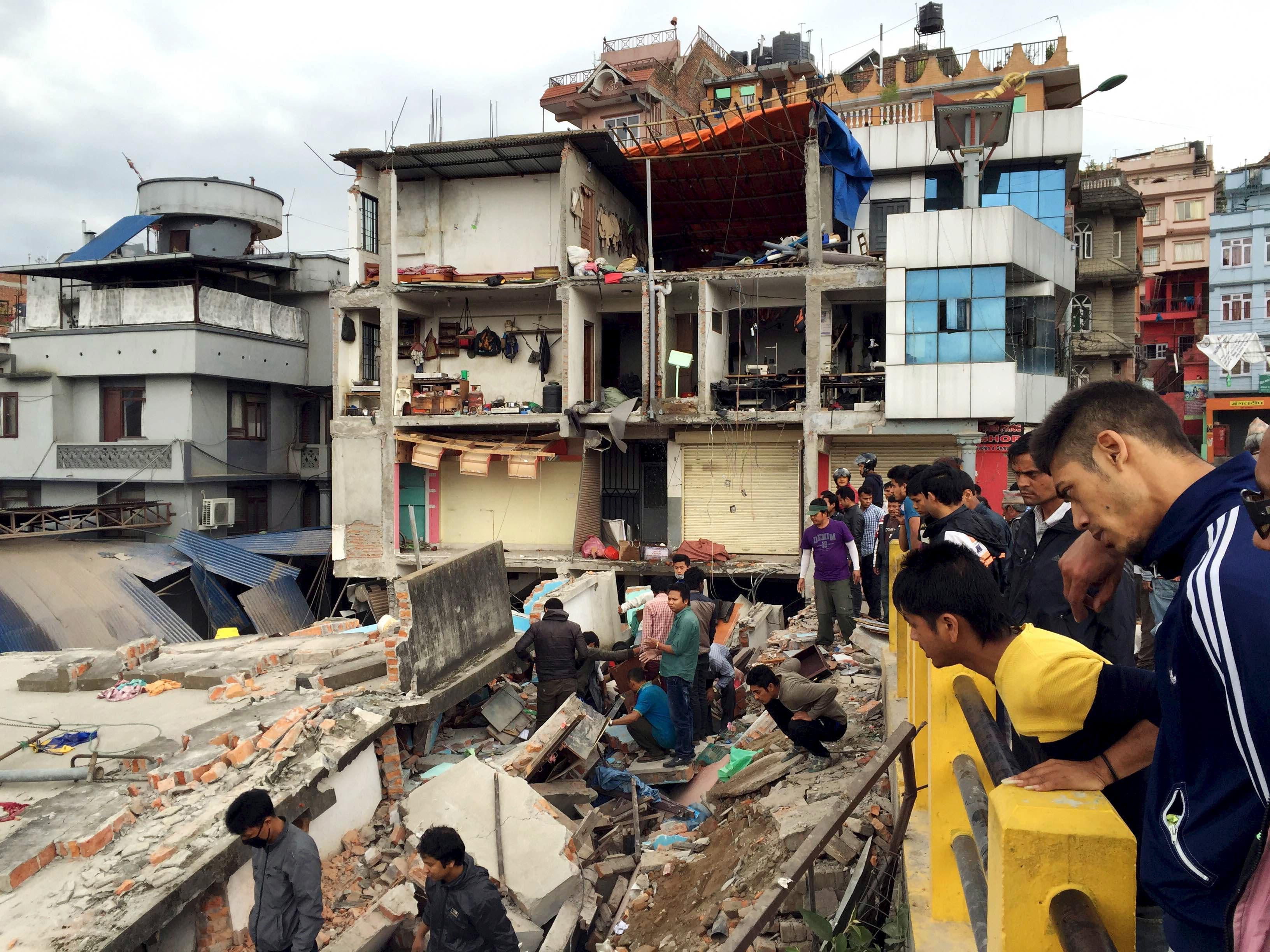 Powerful earthquake hits Nepal