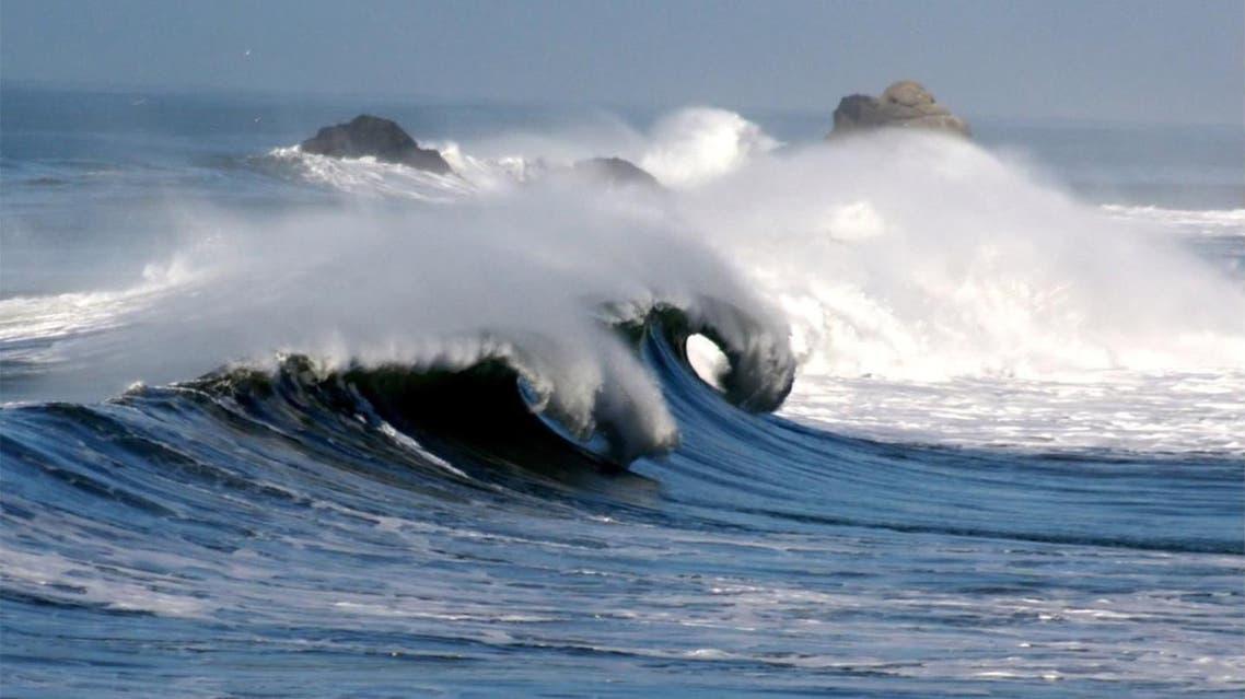 أمواج عالية