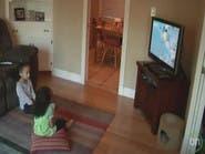 احذروا مشاهدة أطفالكم التلفاز ساعات طويلة