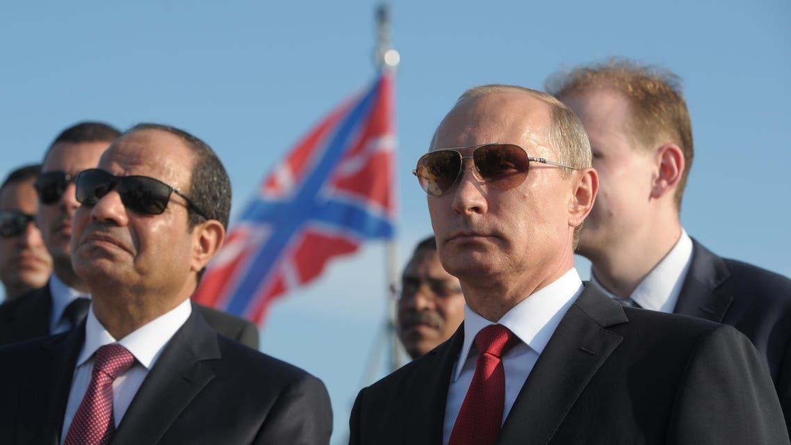 Russian President Vladimir Putin (R) and Egyptian President Abdel-Fattah el-Sissi visit missile cruiser Moskva on Aug. 12, 2014. (AP)