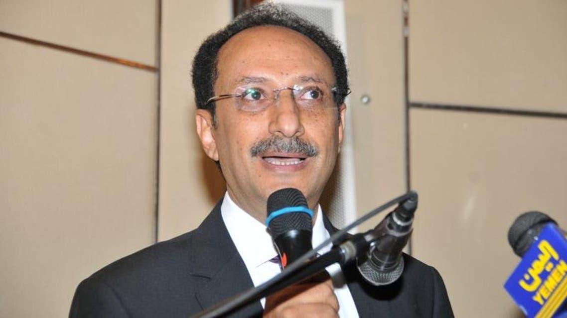 وزير حقوق الإنسان عز الدين الأصبحي