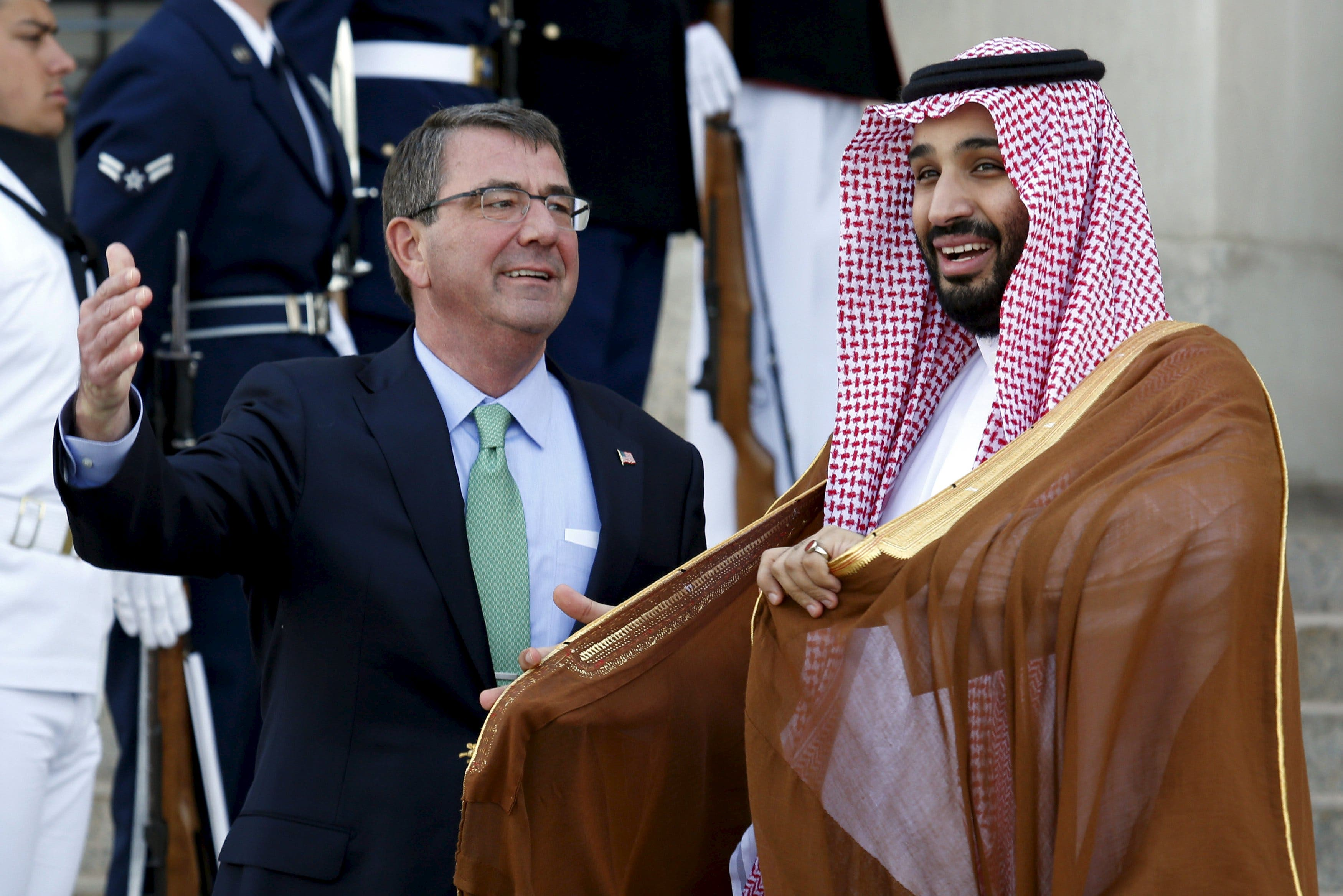 U.S. Defense Secretary Ash Carter (L) welcomes Mohammed bin Salman, deputy crown prince and defense minister of Saudi Arabia, at the Pentagon in Washington May 13, 2015. (Reuters)
