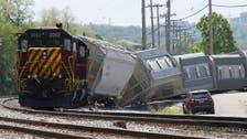 قطار فيلادلفيا الذي خرج عن مساره.. ربما أصابه مقذوف
