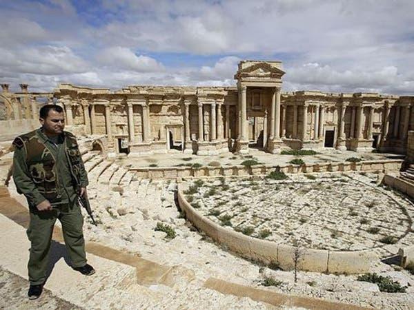 داعش والنظام يتبادلان السيطرة على تدمر