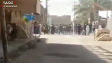 Video shows policemen flee Ramadi as ISIS press on its offensive
