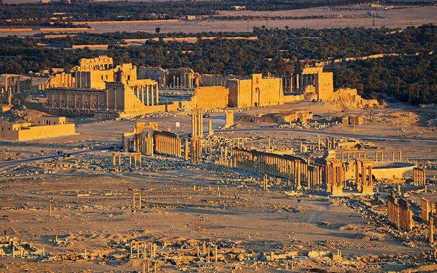 قلعة تدمر بنيت عام 1230 م