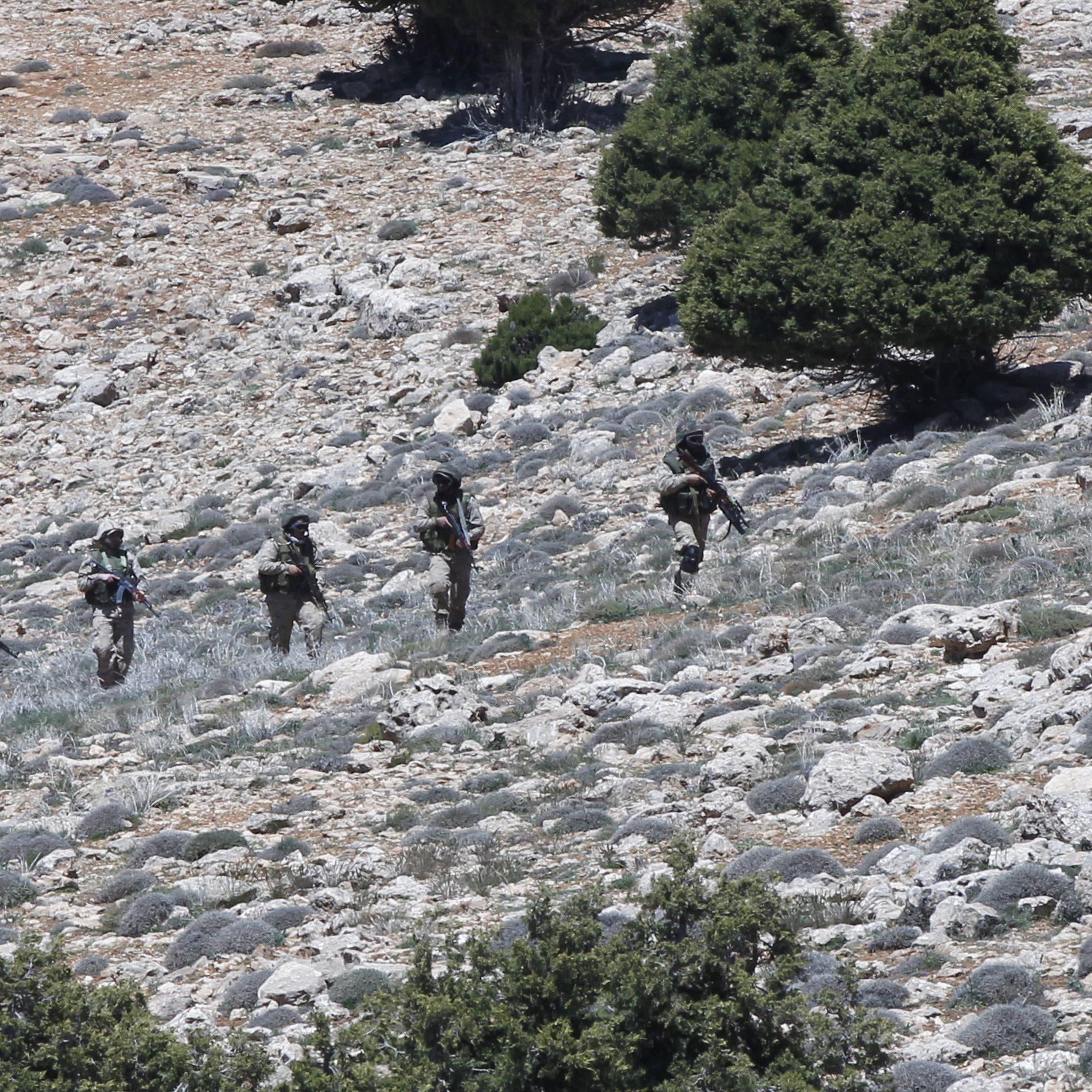 حزب الله يوسّع نفوذه في سوريا بشراء أراضٍ على الحدود