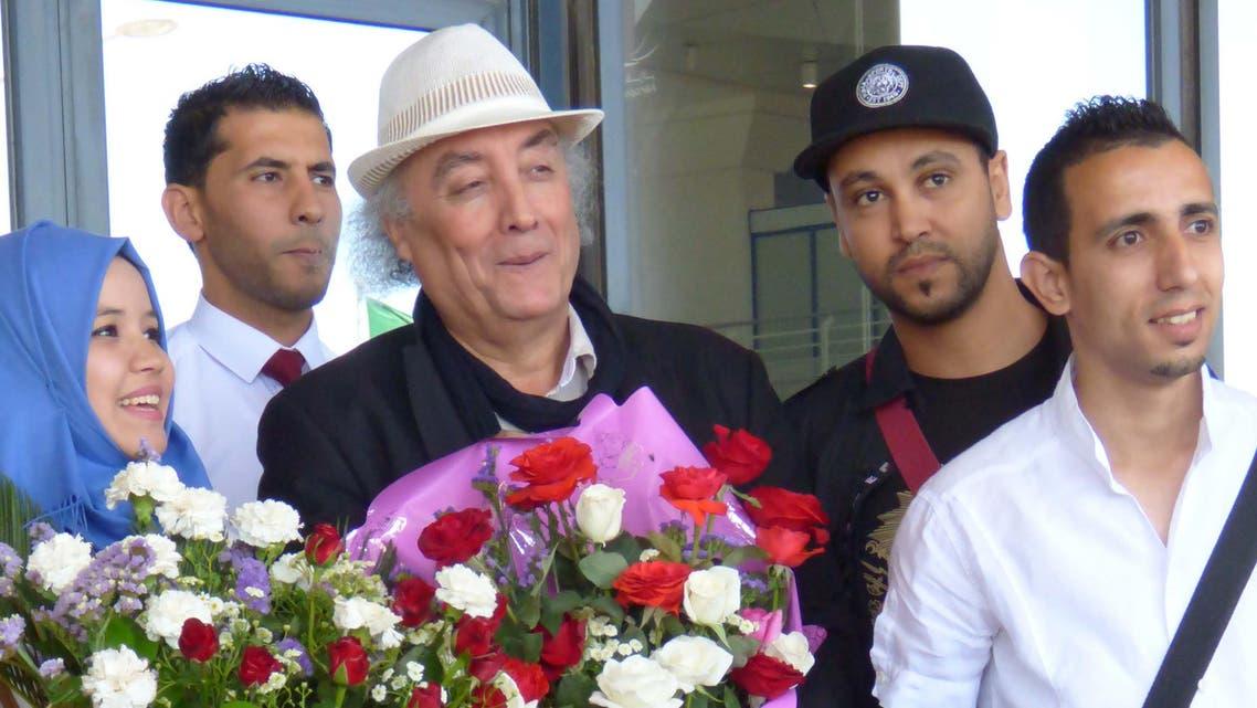 استقبال الروائي الجزائري في العاصمة الجزائرية اليوم