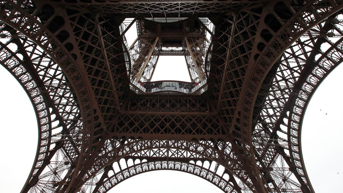 Eiffel Tower disrupted amid workers' anger about pickpocket AP