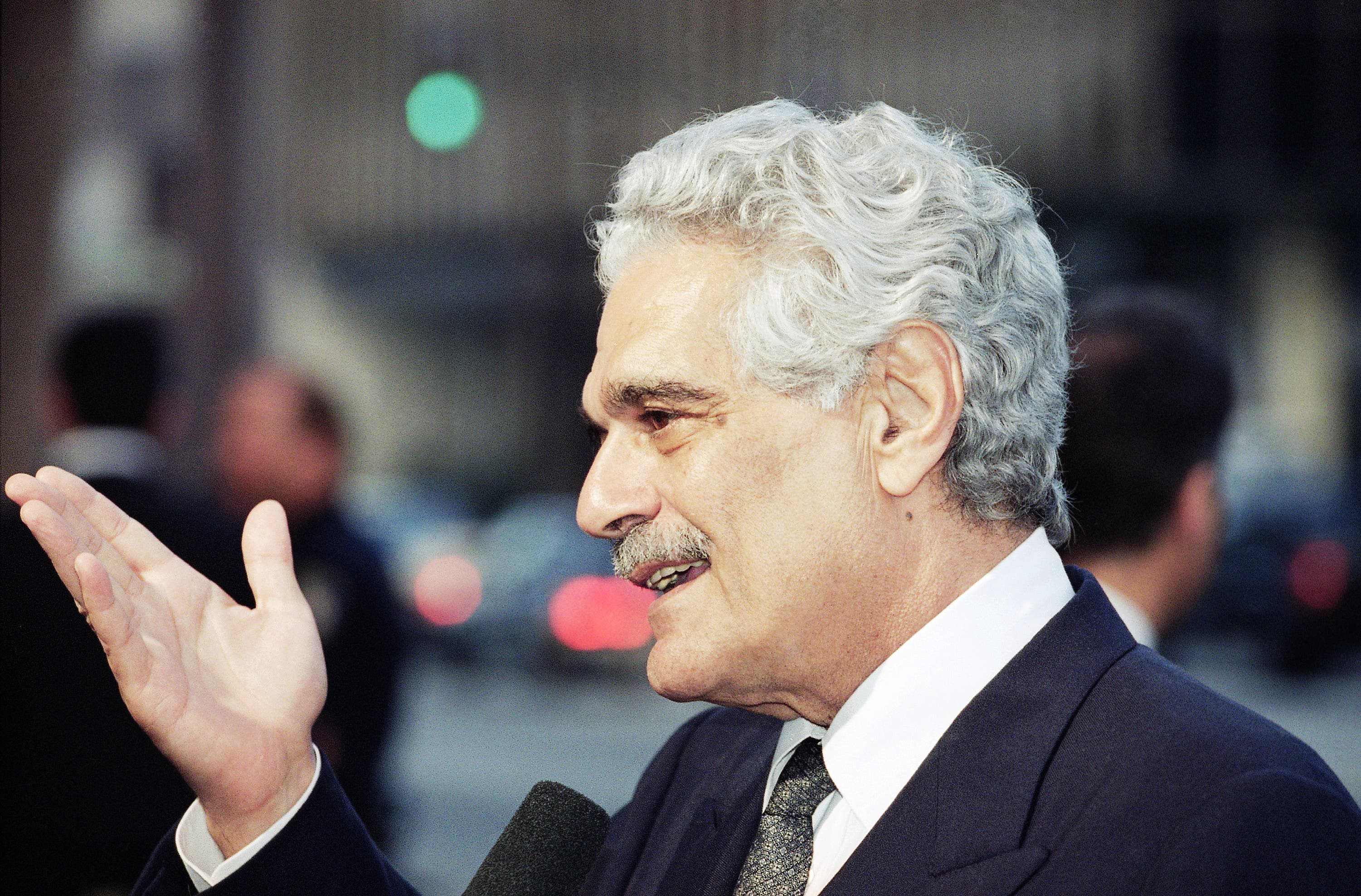 "Actor Omar Sharif arrives, for a preview of a newly-restored print of David Lean's epic, ""Doctor Zhivago,"" on the film's 30th anniversary at the Academy of Motion Picture Arts and Sciences in Beverly Hills, California Tuesday, April 4, 1995. (File: AP)"