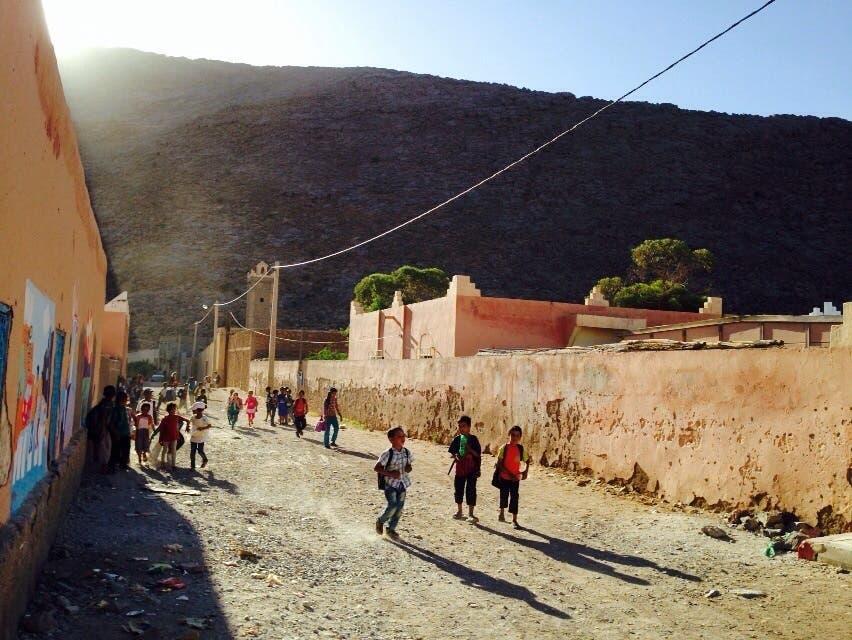 تلاميذ من مدينة طاطا المغربية
