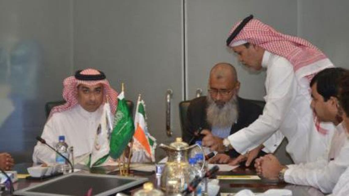 Indian Central Haj Committee delegation signing agreements with the Tawafa Establishment for the South Asian Pilgrims in Makkah SPA