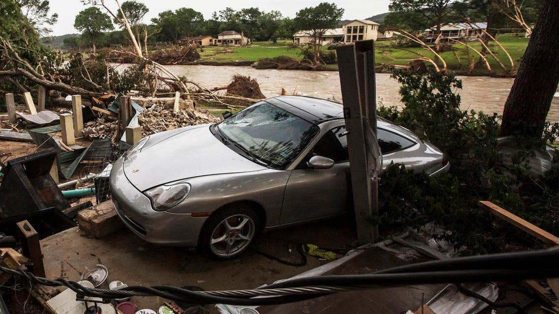 عواصف و فيضانات في تكساس